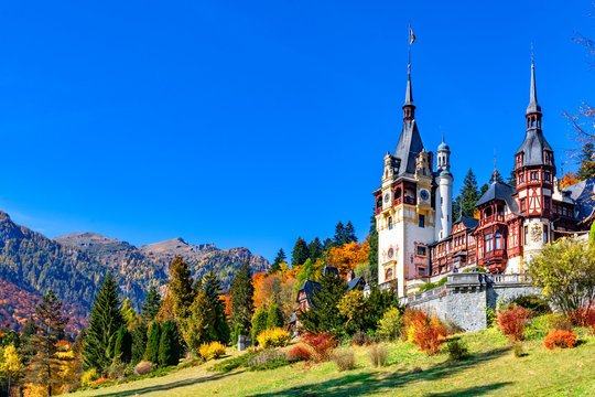 Peles Castle, Sinaia, Prahova County, Romania: Famous Neo-Renaissance castle in autumn colours, at the base of the Carpathian Mountains, Europe