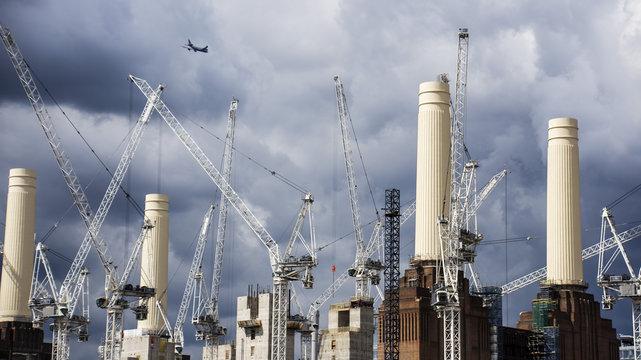 Cranes Along the Thames - 001