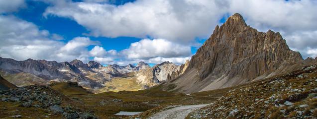 Photo sur Toile Reflexion Rocca la Meja, Cuneo, Valle Maira