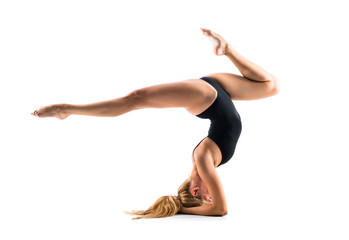 In de dag Gymnastiek Young blonde woman in maillot practicing yoga lesson