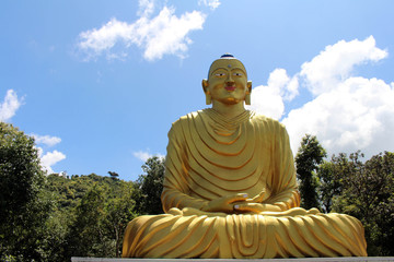 The statue of Golden Buddha on the way up to Dhulikhel hill