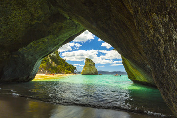 Poster Cathedral Cove Landscape View through rock arch towards Te Hoho Rock at Cathedral Cove, Coromandel Peninsula - New Zealand