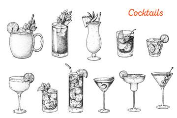 Alcoholic cocktails hand drawn vector illustration. Sketch set. Moscow mule, bloody mary, pina colada, old fashioned, caipiroska, daiquiri, mint julep, long island iced tea, manhattan, margarita. Wall mural