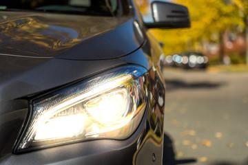 Herbst Lichttest PKW Scheinwerfer