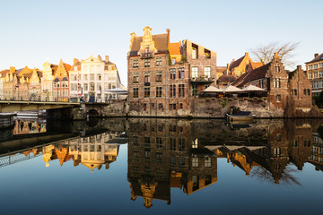 Foto auf Gartenposter Stadt am Wasser Embankment along the Leie river with medieval houses in the city of Ghent, Belgium