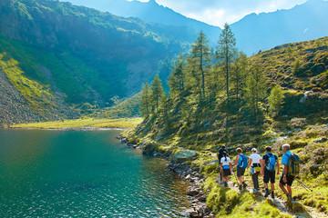 Foto auf Acrylglas Khaki Trekking in austrian alps