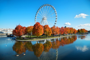 Great wheel of Montreal during fall season