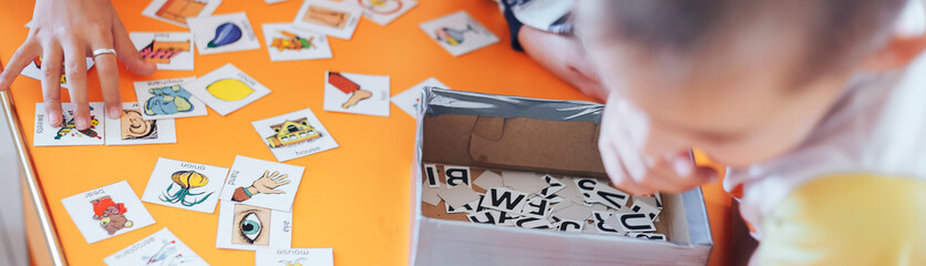 students education play cards with pictures in English and numbers