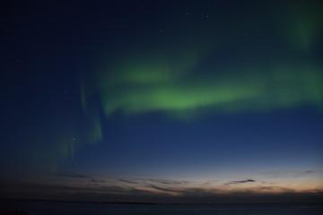 Norwegen, Lofoten, Uttakleiv, Leknes, Nordlicht, Polarlicht, Aurora, Aurora Borealis, Sonnenuntergang, Nacht, Steinsfjorden, Norwegisches Meer, Stern, Sterne