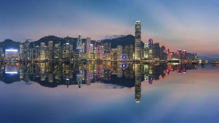 Fototapete - Panorama of Victoria Harbor in Hong Kong at dusk