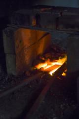 Métal en fusion dans la forge