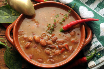 Sopa de frijoles Zuppa di fagioli Bohnensuppe Bönsoppa grah juha ft81092569 bean soup zupa soupe de haricots fasolowa feijão