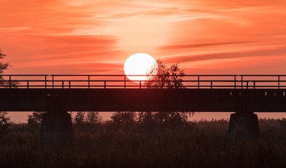 Sonnenuntergang an der meiningenbrücke