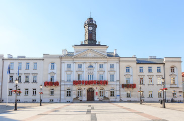 lock on Vistula river - Town Hall and old town Market Square