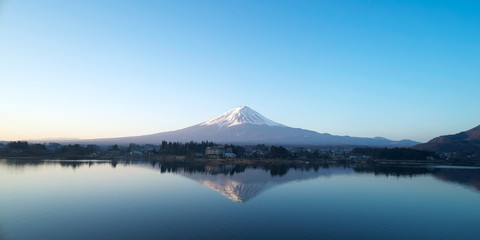 Wall Mural - 逆さ富士 河口湖