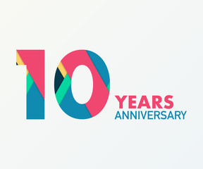 10 years anniversary emblem. Anniversary icon or label. 10 years celebration and congratulation design element.