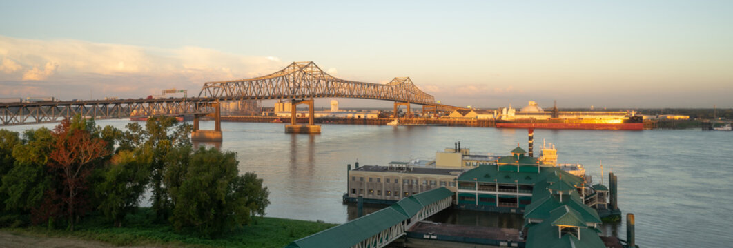 The Horace Wilkinson Bridge cantilever design carrying Interstate 10 over the Mississippi