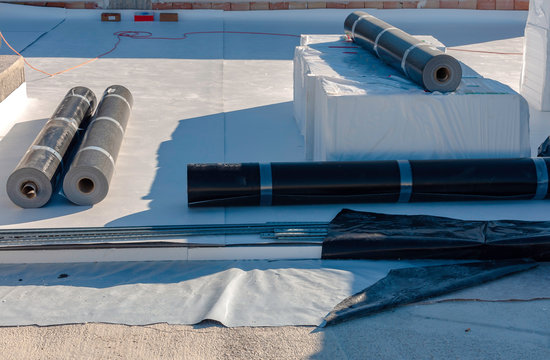stratigraphy of the materials to waterproof a terrace in a new building with the following products:.4 mm PVC, polystyrene, non-woven fabric and 2 mm polyethylene