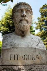 Poster Commemoratif Pythagoras von Samos Büste im Park der Villa Borghese , Rom