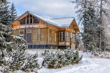 Verlassenes Haus in der Hohen Tatra