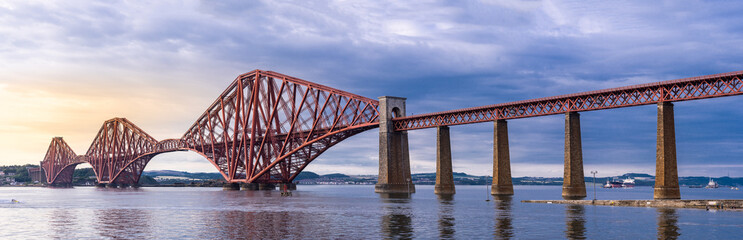 Poster de jardin Ponts The Forth bridge Edinburgh Panorama