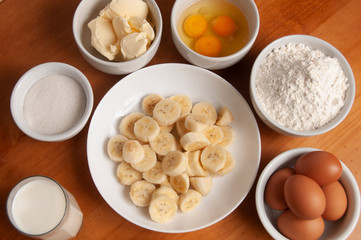Cake Ingredients - Banana, Eggs, Wheat Flour, Butter, Margarine, Milk