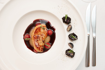 Foie gras with berries and port sauce
