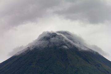 Fond de hotte en verre imprimé Volcan Volcan Arenal