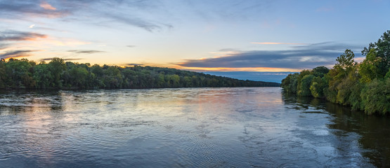 Tuinposter Rivier Panoramic Sunrise on the Delaware