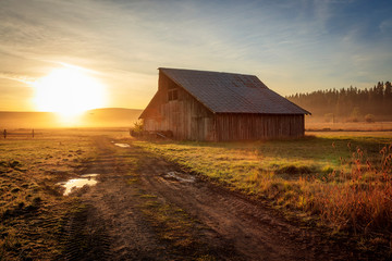 Old farm scene in rural Oregon, USA.