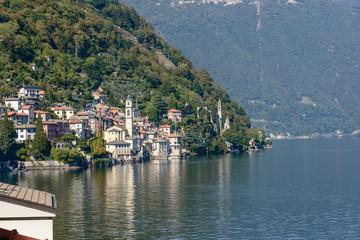 Zelfklevend Fotobehang Meer / Vijver Brienno village on Como lake, Italy