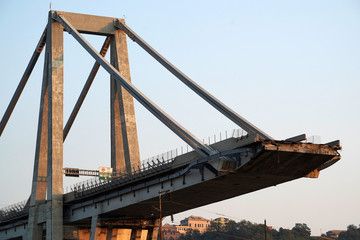 Fotorollo Bridges morandi collapsed bridge in genoa