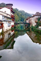 Le vieux Pont de la Nive à St Jean Pied de Port