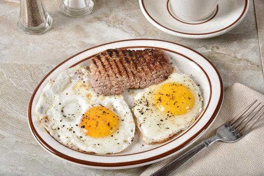 Cube steak and eggs