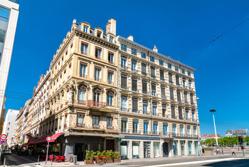 Fotobehang Oude gebouw French architecture in the city centre of Lyon