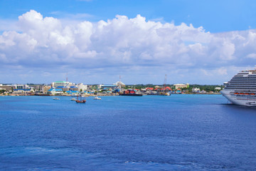 Grand Cayman Island, Cruise Ship, Coast Line
