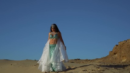 Bilder Und Videos Suchen Belly Dancer