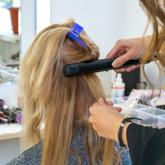 Creating a hairstyle in the salon