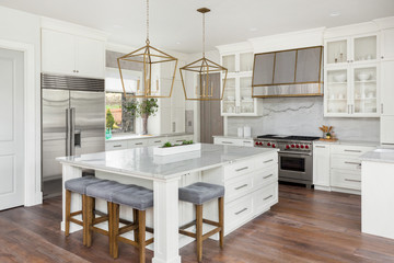 White Kitchen in New Luxury Home