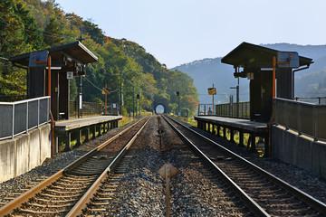 ローカル線の無人駅