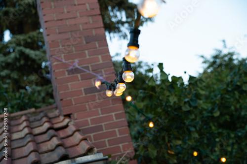 Party Lichterkette Outdoor Garten Grill Hochzeit Stock Photo And