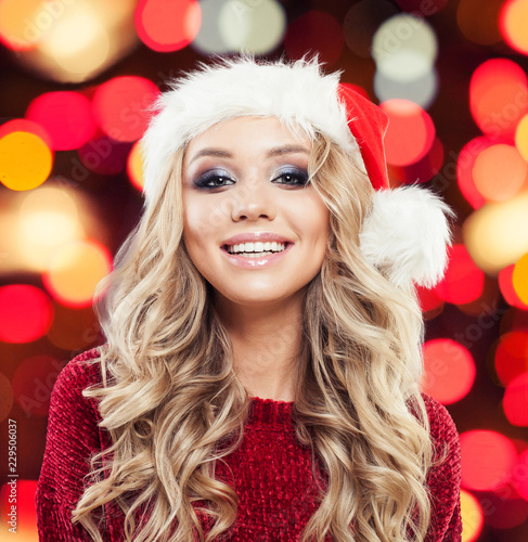 christmas woman smiling winter fashion girl beautiful new year and christmas holiday female prtrait