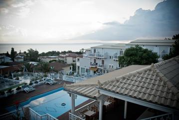 basen hotelowy o wschodzie
