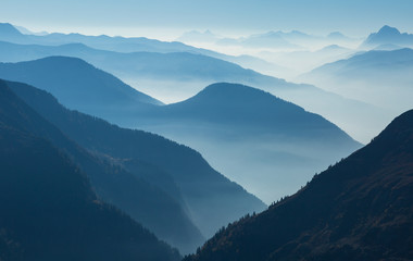 Fotomurales - A foggy, autumn afternoon in a mountain wilderness. Mont Blanc Massif, France.