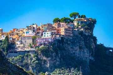 Castelmola: typical sicilian village perched on a mountain, close to Taormina. Messina province, Sicily, Italy. Fototapete