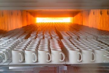 Porcelain ceramics mug mass production line oven burning