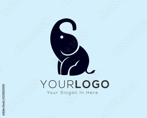 09665389f simple sitting elephant logo