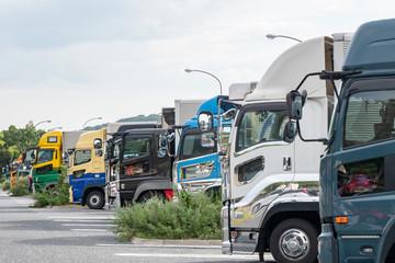 運送業 トラック