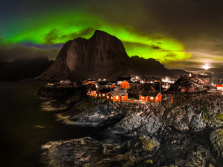 Romantic Fishing village in Norway - under Northern Lights