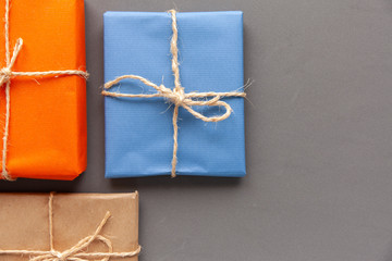 Gift packages in jute paper